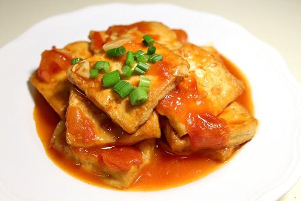 蒜泥豆腐干-素食菜谱-弘法寺番茄肥肠汤